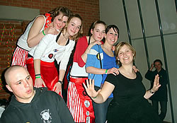 begeisterte fans in biel benken