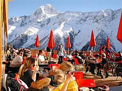 vivapeople im bergrestaurant zudili in lauchernalp wallis